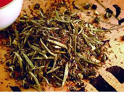 Loose leaf white tea.