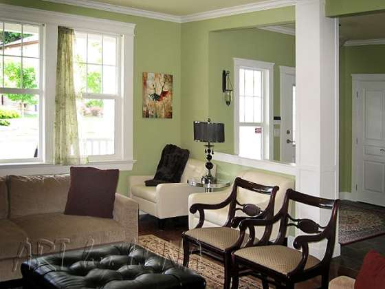 Similar color that I'm painting my room with.